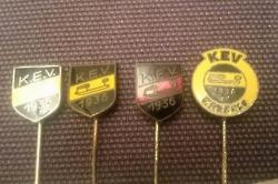Pins, Buttons, Nadeln und Magnete